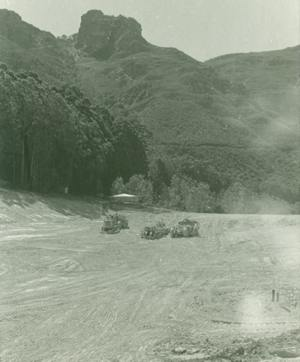 Building the dam  10 Nov 1968