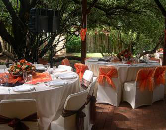 Lapa table settings and decorations
