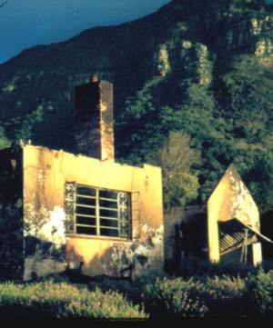 Fire damage Kirstenbosch Tea House 1981